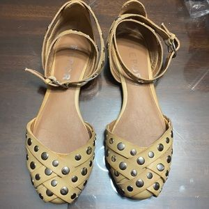 Report tan sandals with silver studs Sz 8
